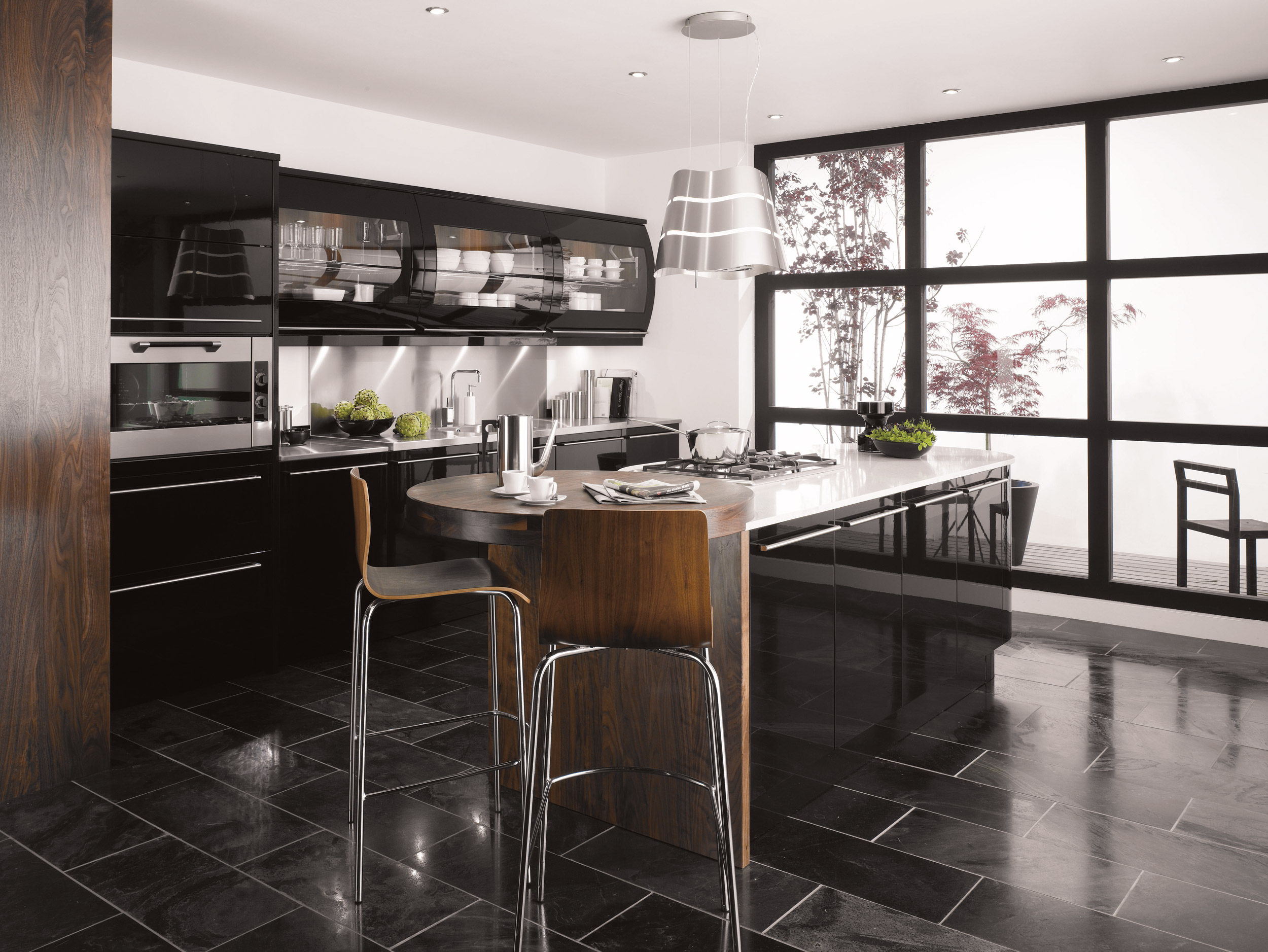 Kitchens: Black Is The New White