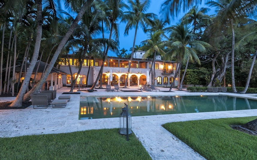 Celebrity Homes For Sale: JLo & Versace