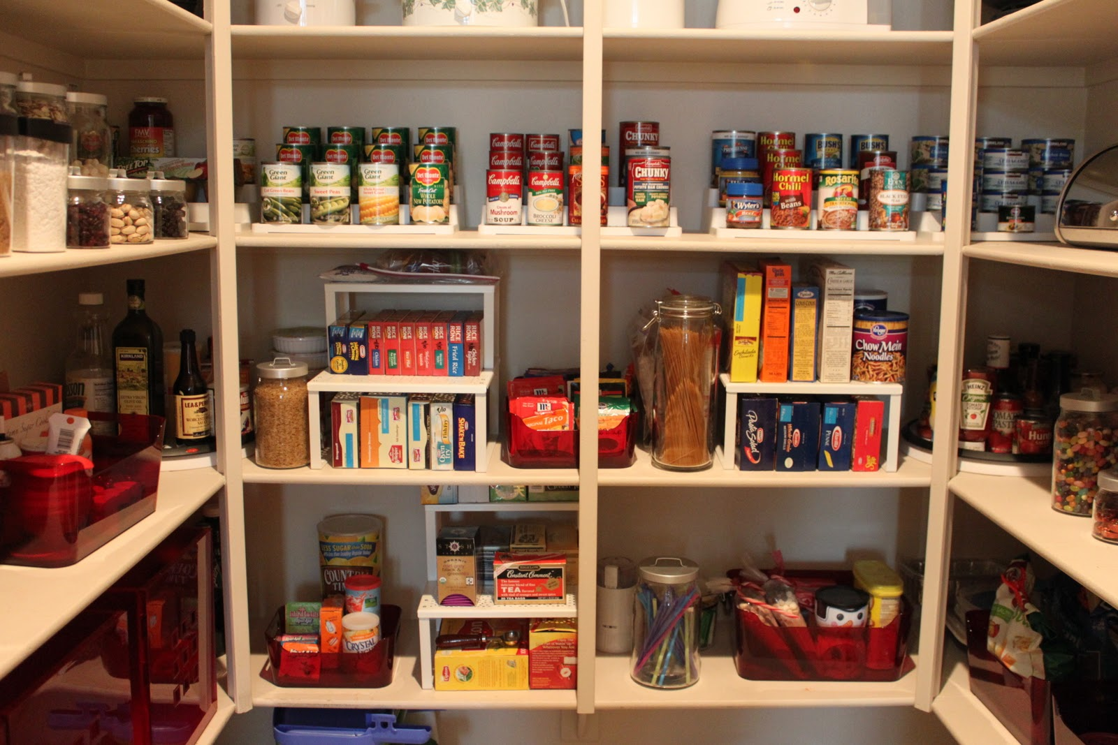 How to Keep Your Pantry Organized Part 1