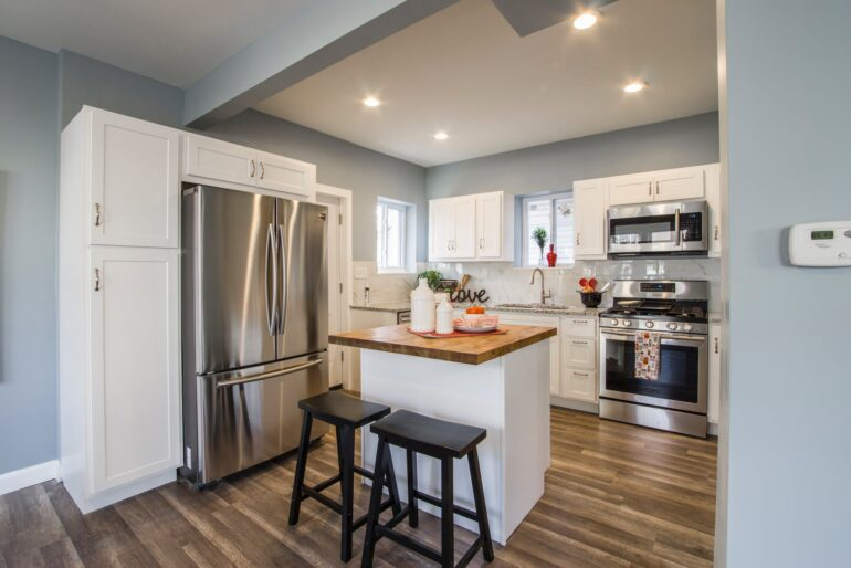 Inxpensive and Simple Ways to Freshen Up Your Kitchen